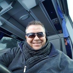 Rob-op-de-bus.jpg